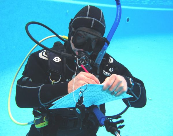 PADI IDC Staff Instructor course in Spain